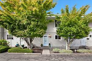 More Details about MLS # 20135022 : 3533 SE GLADSTONE ST 28