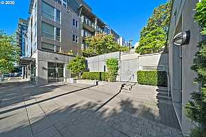 MLS # 20163417 : 1125 NW 9TH AVE 224