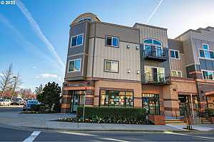 MLS # 20178229 : 15320 NW CENTRAL DR 324