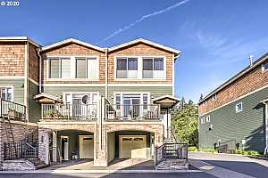 MLS # 20179445 : 1662 SW 58TH AVE #3