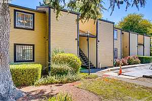 MLS # 20189733 : 2704 SE 138TH AVE 20