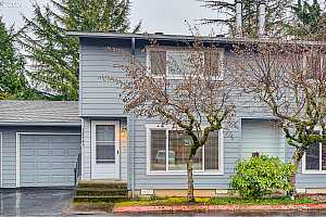 More Details about MLS # 20234809 : 18540 NE WASCO ST