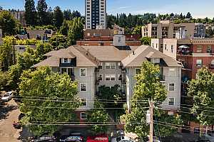 MLS # 20256079 : 731 SW KING AVE 16