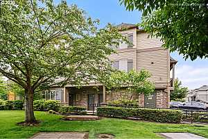 MLS # 20276258 : 971 NE WHEELOCK PL