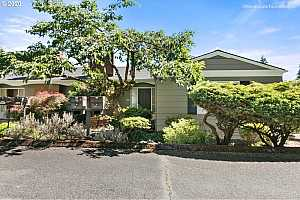 More Details about MLS # 20285281 : 3649 SW 52ND PL