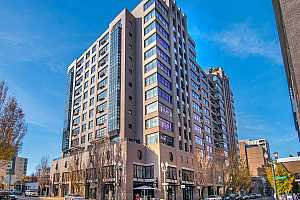 MLS # 20288141 : 333 NW 9TH AVE 401
