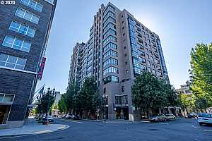 MLS # 20291094 : 333 NW 9TH AVE 1011
