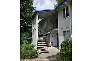 More Details about MLS # 20292847 : 10000 SW HALL BLVD #3
