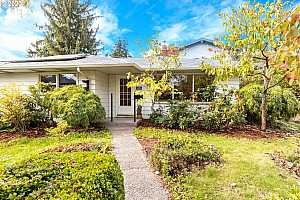 MLS # 20313052 : 5209 SE 60TH AVE A