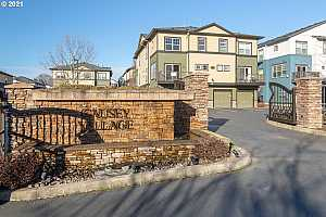 More Details about MLS # 20317762 : 11229 SE CAUSEY CIR