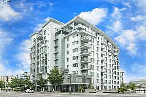 MLS # 20341394 : 1310 NW NAITO PKWY 401A