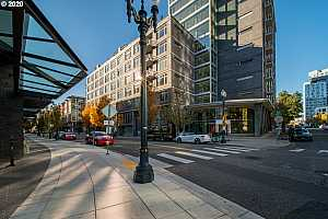 MLS # 20353825 : 1255 NW 9TH AVE 419
