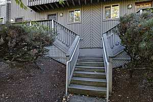 More Details about MLS # 20355136 : 1215 NE 21ST AVE 8