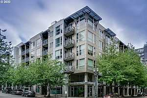 MLS # 20365023 : 1125 NW 9TH AVE 517