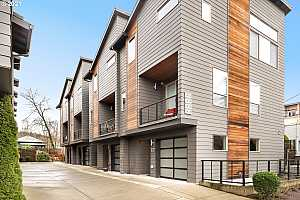More Details about MLS # 20396816 : 1820 SE 50TH AVE