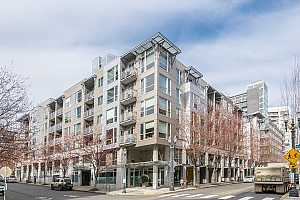 MLS # 20441798 : 1125 NW 9TH AVE 319