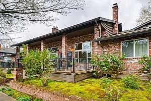 More Details about MLS # 20457849 : 1827 NE 25TH AVE