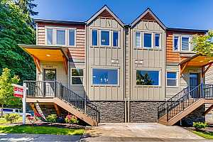 More Details about MLS # 20468000 : 16855 CHAMPION WAY
