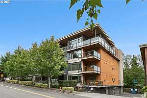 MLS # 20468646 : 7910 SW 31ST AVE 402