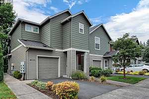 More Details about MLS # 20472857 : 4598 SW 11TH ST