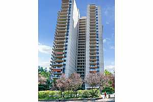 MLS # 20491093 : 2221 SW 1ST AVE 1021