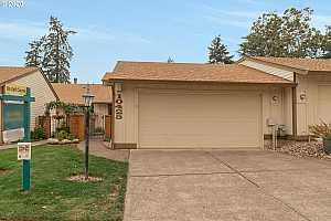 MLS # 20501189 : 10425 SW GREENLEAF TER