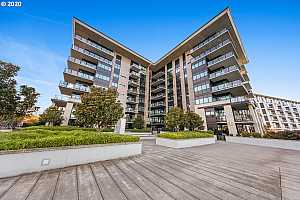 MLS # 20506425 : 1830 NW RIVERSCAPE ST 406