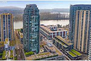 MLS # 20539585 : 3601 S RIVER PKWY 213