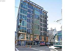 MLS # 20546221 : 1410 SW 11TH AVE 201