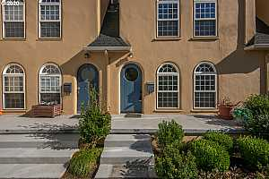 More Details about MLS # 20566580 : 909 NE BRAZEE ST 12