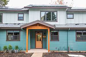 More Details about MLS # 20660754 : 4784 NE GOING ST