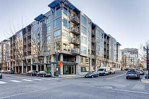 MLS # 20692526 : 1125 NW 9TH AVE 420