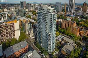 MLS # 20696308 : 1500 SW 11TH AVE 605