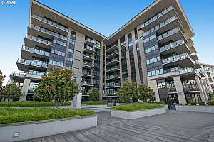 More Details about MLS # 21035355 : 1830 NW RIVERSCAPE ST 805