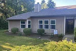 More Details about MLS # 21048143 : 8438 SW MOHAWK ST