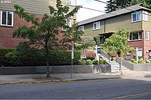 MLS # 21061780 : 1411 NW 23RD AVE 12