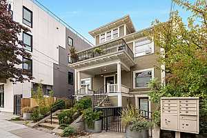 More Details about MLS # 21072407 : 5015 NE 15TH AVE 5