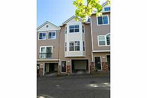 MLS # 21075529 : 7868 SW 31ST AVE 10