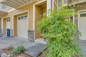 More Details about MLS # 21083473 : 18465 SW STEPPING STONE DR 11