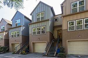 MLS # 21125160 : 7909 SW 31ST AVE 5