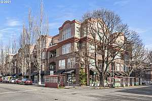 MLS # 21127499 : 618 NW 12TH AVE 413