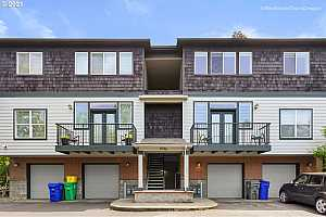 More Details about MLS # 21142056 : 9746 SW 34TH PL 7