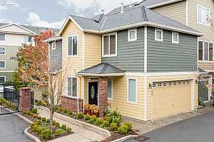 More Details about MLS # 21160696 : 1986 NW FLORENCE AVE