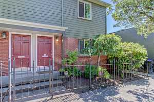 More Details about MLS # 21177991 : 2409 SE 51ST AVE 1