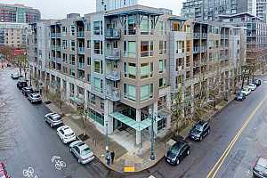MLS # 21181726 : 1125 NW 9TH AVE 517