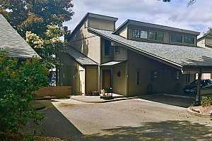 More Details about MLS # 21197815 : 636 N TOMAHAWK ISLAND DR