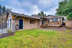 More Details about MLS # 21231496 : 3514 SE 153RD AVE