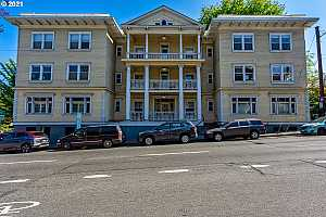 More Details about MLS # 21246362 : 1810 NW EVERETT ST 103