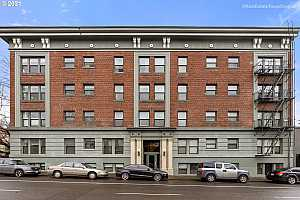 More Details about MLS # 21250456 : 1631 NW EVERETT ST 307