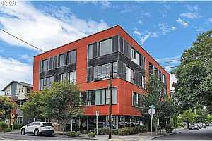 More Details about MLS # 21255024 : 2373 SE 44TH AVE 202